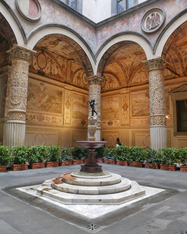Top Florence tourist attractions - Palazzo Vecchio Florence, Italy Photo Heatheronhertravels.com