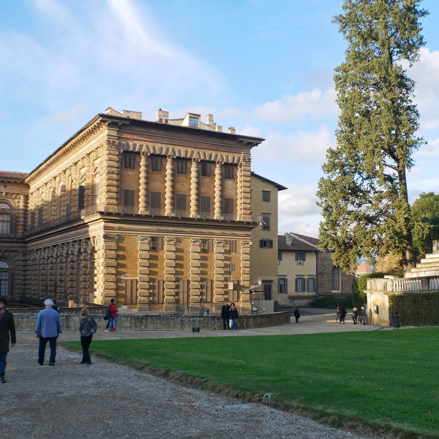 Pitti Palace in Florence, Italy Photo Heatheronhertravels.com