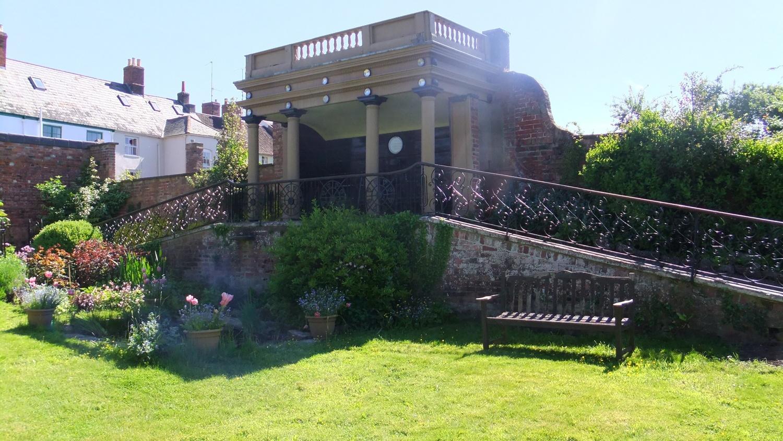 Nelson Garden, Monmouth