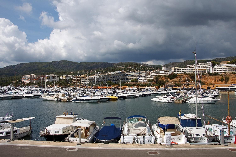 Puerto Portals Marina in Mallorca Photo Dirk Vorderstasse Flickr