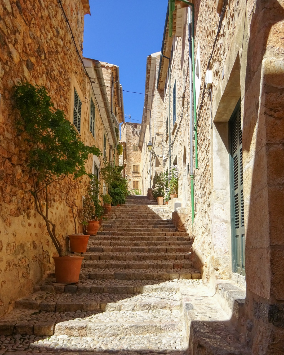 Fornalutx in Mallorca Photo: Gabrielle M Reinhardt Pixabay