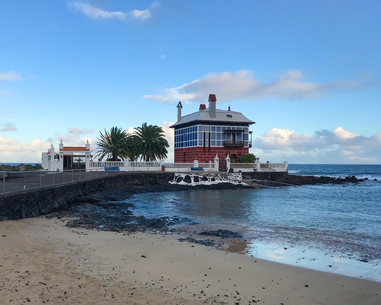 Casa Juanita / Casa Azul Lanzarote Photo Heatheronhertravels.com